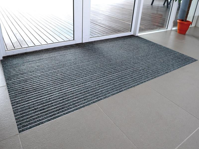 aluminium profilmatten emco fuma kampmann fuchsius profilmatten aluminium matten. Black Bedroom Furniture Sets. Home Design Ideas